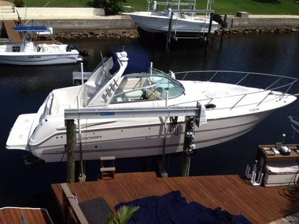 Used Monterey 302 Express Cruiser Boat For Sale