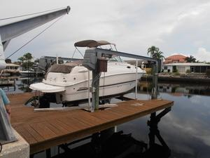 Used Chaparral 240 Signature Express Cruiser Boat For Sale