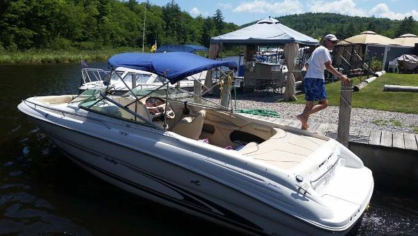 Used Sea Ray 260 Bow Rider Runabout Boat For Sale