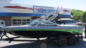 Used Calbria Pro-V Ski and Wakeboard Boat For Sale