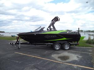 New Axis Wake Research A20 Ski and Wakeboard Boat For Sale