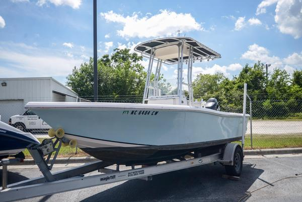Used Mckee Craft 196 MARATHON196 MARATHON Center Console Fishing Boat For Sale