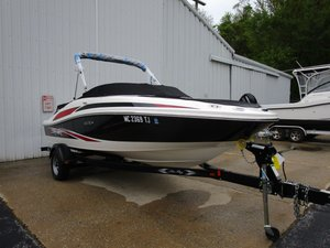 Used Sea Ray 185 Sport Ski and Wakeboard Boat For Sale