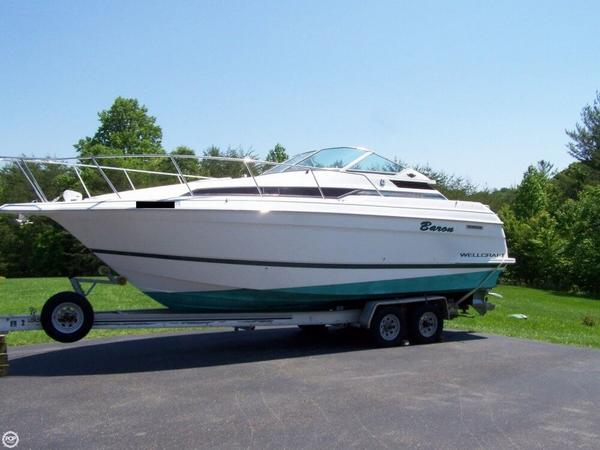 Used Wellcraft Martinique 2700 Express Cruiser Boat For Sale