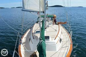 Used Island Packet 31 Sloop Sailboat For Sale