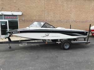 Used Centurion Tru Trac Ski and Wakeboard Boat For Sale