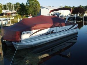 Used Manitou 24 Osprey Pro SHP Pontoon Boat For Sale