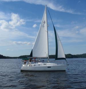 Used Beneteau 321 Sloop Sailboat For Sale