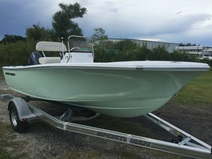New Sportsman Boats 17' Island Reef17' Island Reef Center Console Fishing Boat For Sale