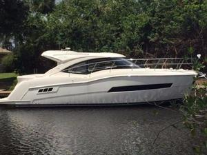 New Carver Yachts C37 Motor Yacht For Sale