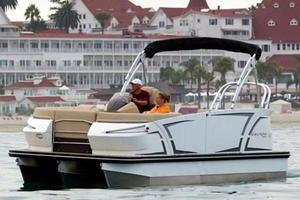 New Larson TTT 23 Triple Other Boat For Sale