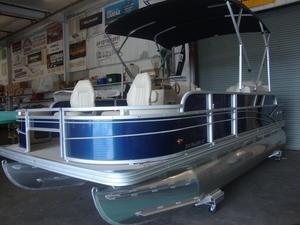 New Silverwave 210 Island Pontoon Boat For Sale