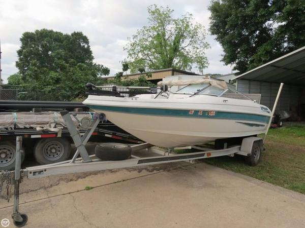 Used Larson 186 Sei Bowrider Boat For Sale