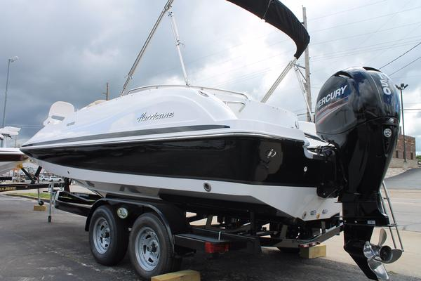 New Hurricane 202 OB Deck Boat For Sale