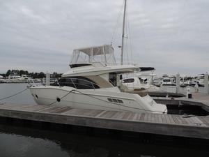Used Carver 34 Fly Flybridge Boat For Sale