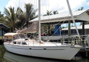 Used Gulfstar Sailmaster 39 Center Cockpit Sailboat For Sale