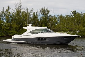New Cruisers Yachts 45 Cantius Cruiser Boat For Sale