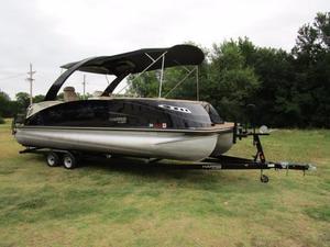Used Harris Flotebote 250 Crowne Pontoon Boat For Sale