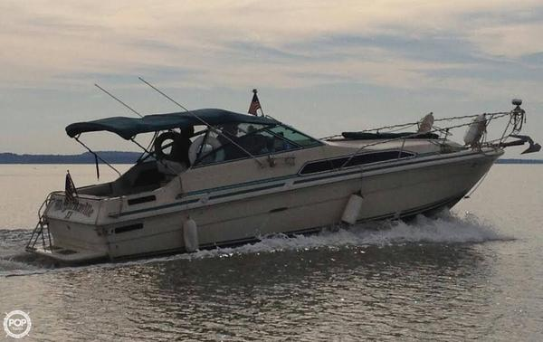 Used Sea Ray SRV 270 Sundancer Express Cruiser Boat For Sale