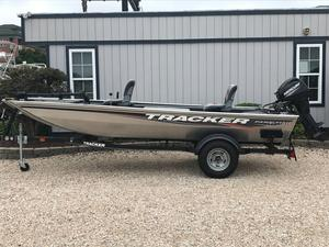 Used Tracker Panfish 16 Freshwater Fishing Boat For Sale