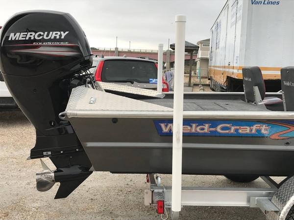 Used Weldcraft 1960 V Bass Freshwater Fishing Boat For Sale