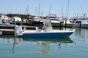 Used Everglades 243 CC Saltwater Fishing Boat For Sale