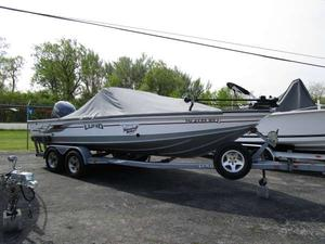 Used Lund 2025 Pro-V Magnum IFS Freshwater Fishing Boat For Sale
