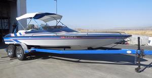 Used Caliber I 21 Closed Bow High Performance Boat For Sale