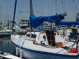 Used Cal T2-27 Racer and Cruiser Sailboat For Sale