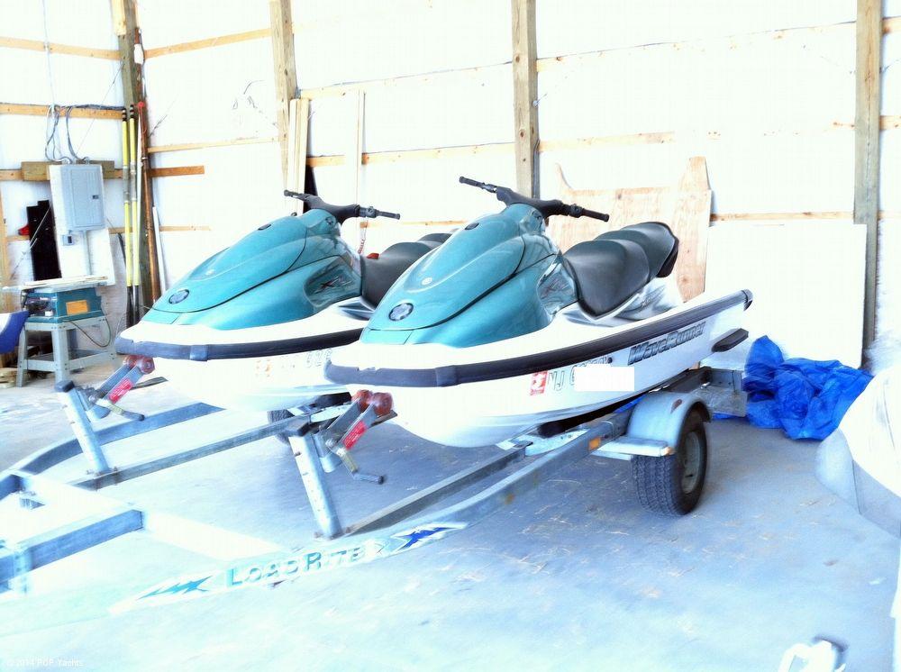2002 used yamaha 2 xl 700 jet skis w dual trailer. Black Bedroom Furniture Sets. Home Design Ideas