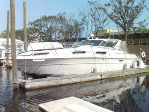 Used Sea Ray SRV 360 Express Cruiser Boat For Sale