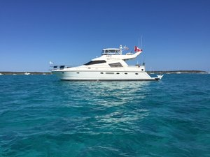 Used Johnson / High Tech Motoryacht Flybridge Boat For Sale