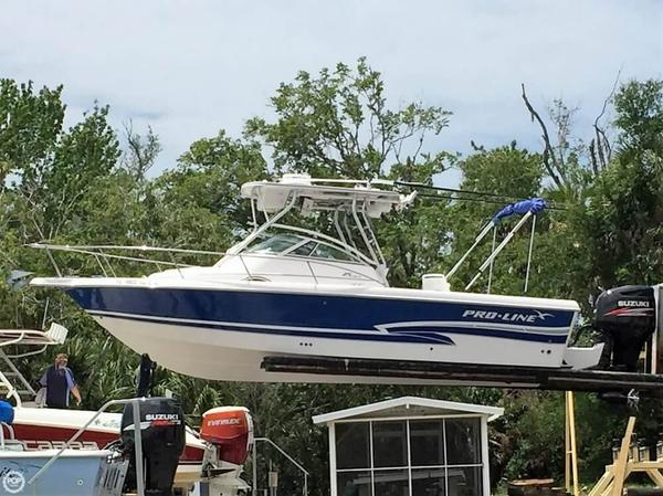 Used Pro-Line 25 Walkaround Fishing Boat For Sale