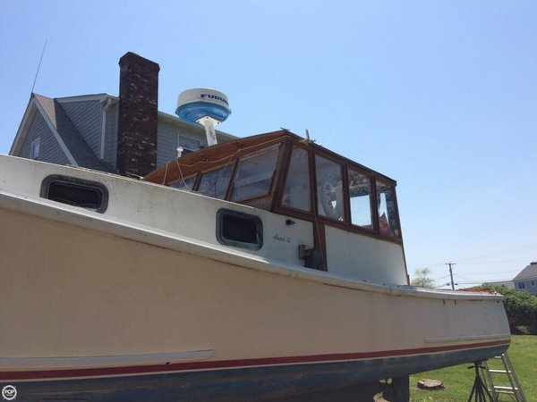 Used Holland 32 Cruiser Boat For Sale