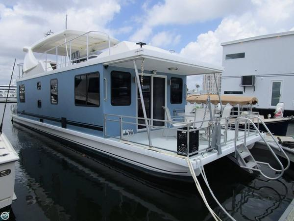 Used Catamaran Cruisers Aqua Cruiser 50SE Luxury Boatel House Boat For Sale