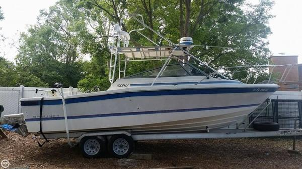 Used Trophy 23 Walkaround Fishing Boat For Sale