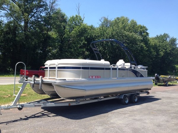 New Bennington 2375 GCW Sport Arch Pontoon Boat For Sale