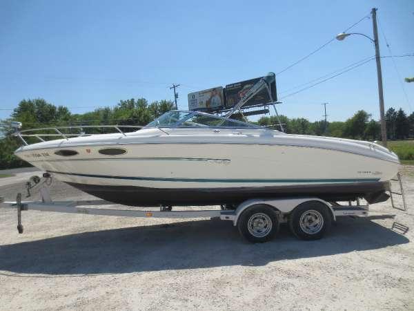 Used Sea Ray 230 OV Cuddy Cabin Boat For Sale
