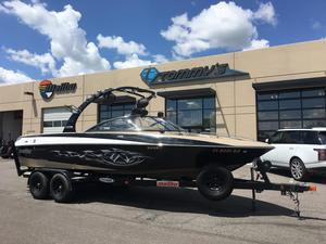 Used Malibu Sunscape 23 LSV Ski and Wakeboard Boat For Sale