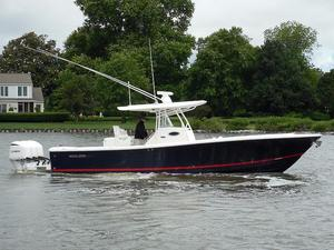 New Regulator Center Console Fishing Boat For Sale