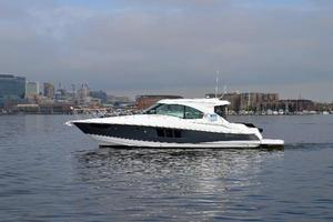 New Cruisers Yachts 45 Cantius River Cruiser Boat For Sale