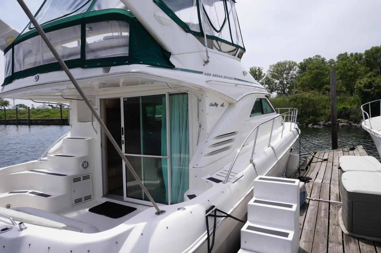 132315.5936f9a5ee0a7a4cb834f81b.xl 2000 used sea ray 400 sedan bridge motor yacht for sale $149,000  at mifinder.co
