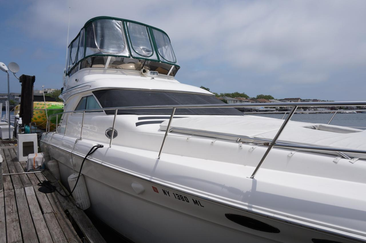 132315.5936f9a5ee0a7a4cb834f81c.xl 2000 used sea ray 400 sedan bridge motor yacht for sale $149,000  at aneh.co