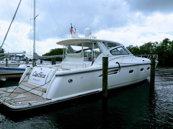Used Tiara 5200 Express Cruiser Boat For Sale