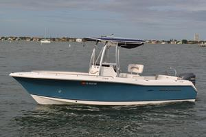 Used Sea Hunt 232 Ultra Center Console Fishing Boat For Sale