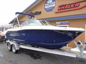 New Robalo Dual Console Boat For Sale