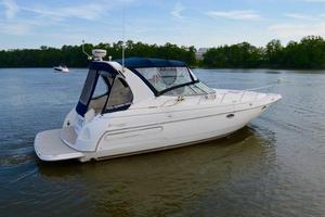 Used Cruisers Yachts 3570 River Cruiser Boat For Sale