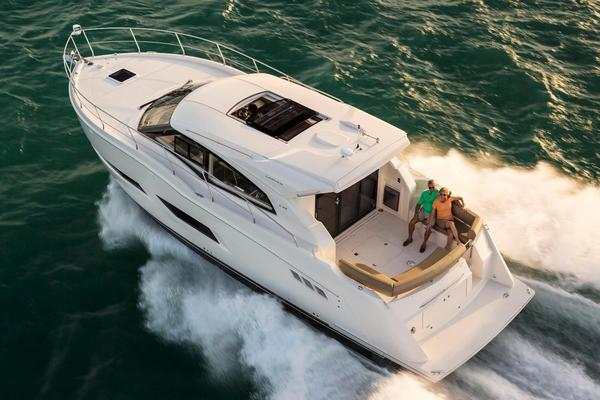 New Carver C43 Coupe Motor Yacht For Sale