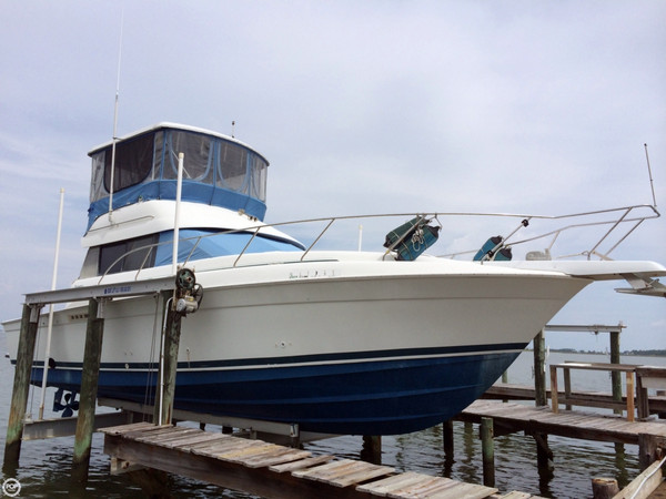 Used Silverton 370 Sports Fishing Boat For Sale