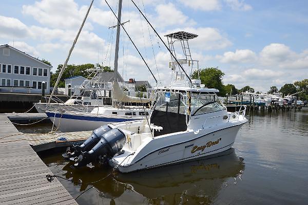 Used Seaswirl 2901 Striper Walkaround Fishing Boat For Sale